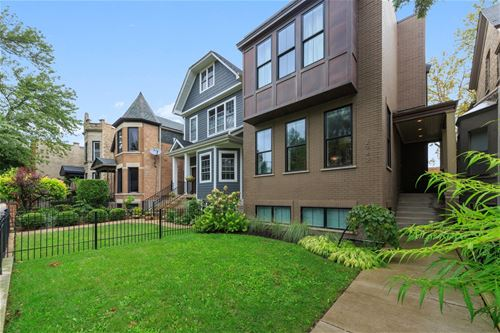 2743 N Mozart, Chicago, IL 60647 Logan Square