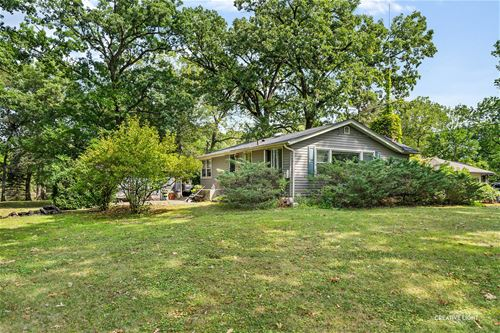 29W080 Woodland, West Chicago, IL 60185