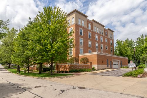 190 W Johnson Unit 501, Palatine, IL 60067