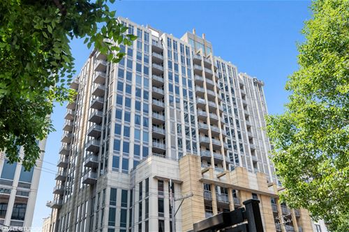 720 N Larrabee Unit 1304, Chicago, IL 60654 River North