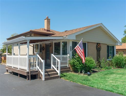 680 N Howard, Elmhurst, IL 60126