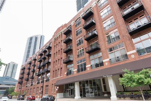 360 W Illinois Unit 520, Chicago, IL 60654 River North