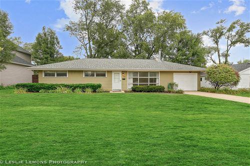 505 Countryside, Wheaton, IL 60187