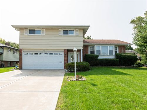 1407 Barberry, Mount Prospect, IL 60056