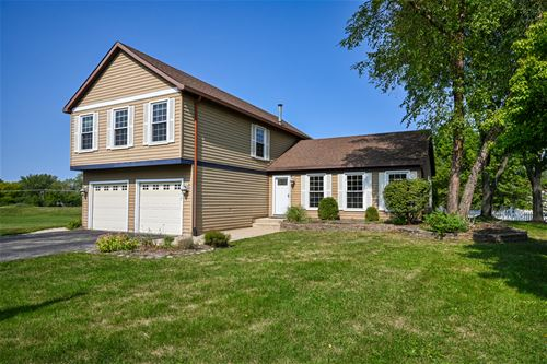 1901 Clydesdale, Wheaton, IL 60189