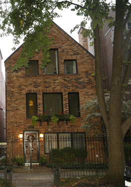 1875 N Maud, Chicago, IL 60614 Lincoln Park