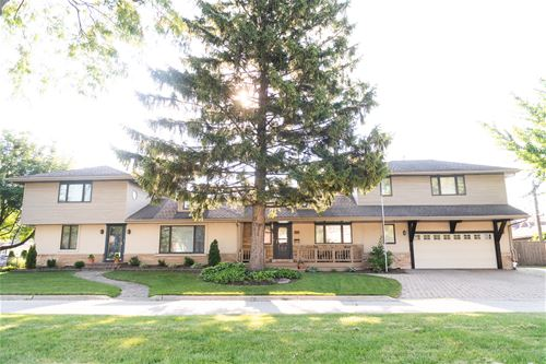 191 S Oakland Grove, Elmhurst, IL 60126