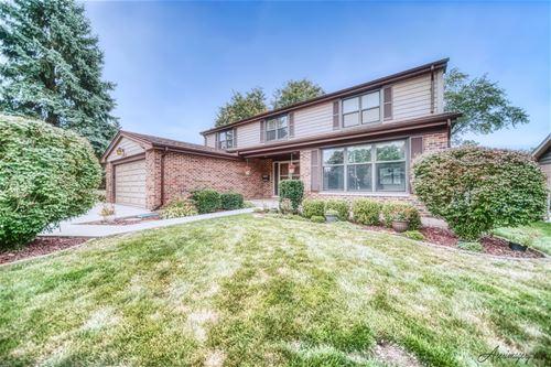 1540 S Surrey, Arlington Heights, IL 60005
