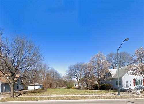 714 W Main, St. Charles, IL 60174