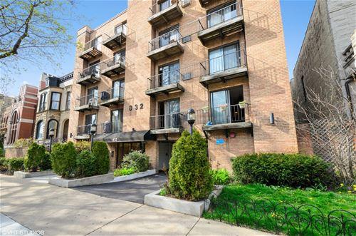 832 W Oakdale Unit 3E, Chicago, IL 60657 Lakeview