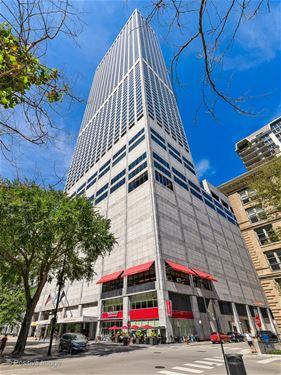 180 E Pearson Unit 3801, Chicago, IL 60611 Streeterville