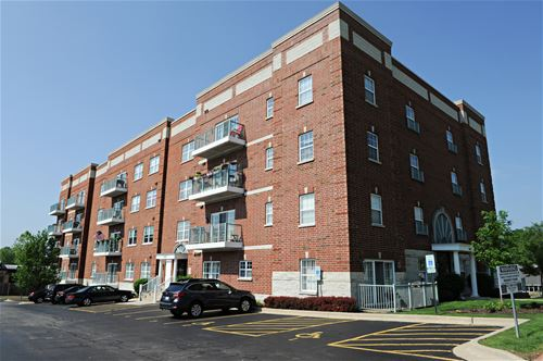 245 W Johnson Unit 307, Palatine, IL 60067