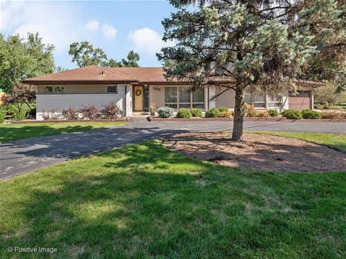 705 N County Line, Hinsdale, IL 60521
