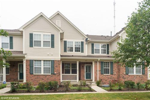 683 W Moreland, Addison, IL 60101
