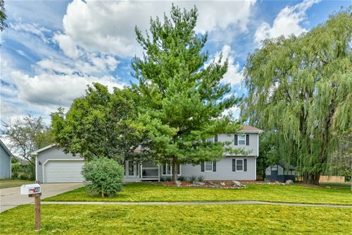 227 W Country, Bartlett, IL 60103