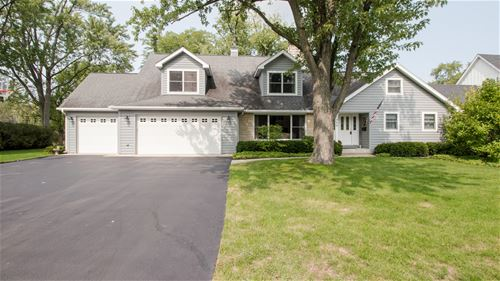 1040 Woodlawn, Glenview, IL 60025