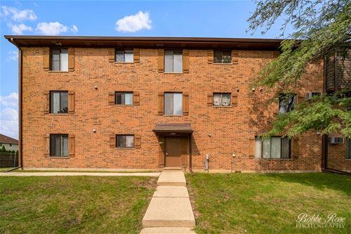 748 N Briar Hill Unit 2, Addison, IL 60101
