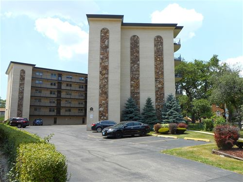 4572 N Milwaukee Unit 4G, Chicago, IL 60630 Jefferson Park