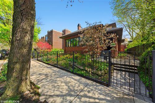 819 W Castlewood, Chicago, IL 60640 Uptown