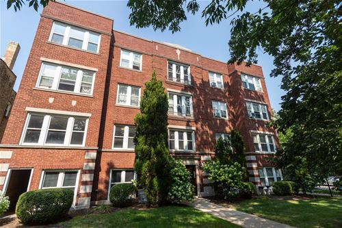 2002 W Estes Unit 1, Chicago, IL 60645 Rogers Park