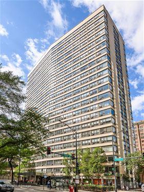 2930 N Sheridan Unit 1410, Chicago, IL 60657 Lakeview