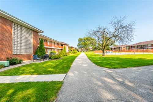 1103 Holiday Unit 6, Des Plaines, IL 60016