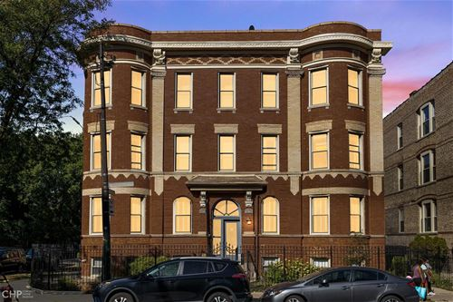 2734 N Kimball Unit 1, Chicago, IL 60647 Logan Square