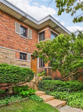 1339 W Howard Unit 1339, Chicago, IL 60626 Rogers Park