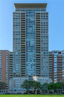 250 E Pearson Unit 904, Chicago, IL 60611 Streeterville