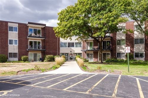 2800 Maple Unit 34A, Downers Grove, IL 60515