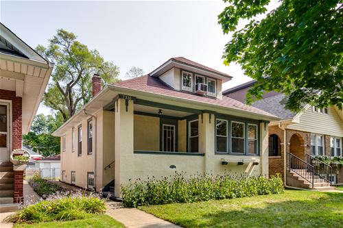 7331 N Oakley, Chicago, IL 60645 West Ridge