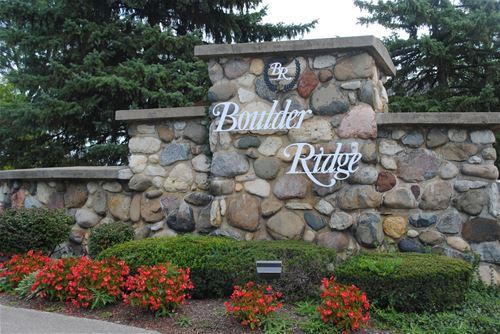 433 Ridge, Lake In The Hills, IL 60156