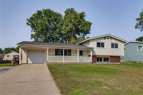 716 Nottingham, Crystal Lake, IL 60014