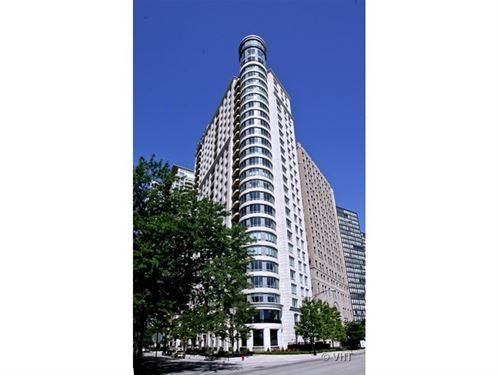 840 N Lake Shore Unit 1802, Chicago, IL 60611 Streeterville
