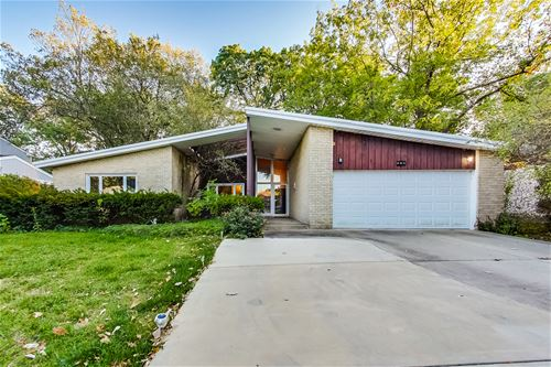 882 Timber Hill, Highland Park, IL 60035