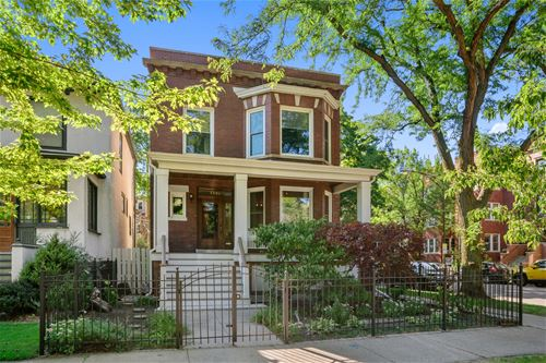5556 N Wayne, Chicago, IL 60640 Andersonville