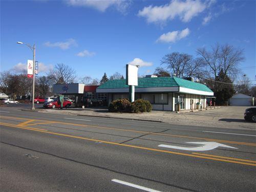 416 S Milwaukee, Libertyville, IL 60048