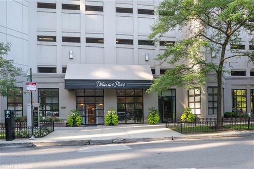 33 W Delaware Unit 13E, Chicago, IL 60610 Near North