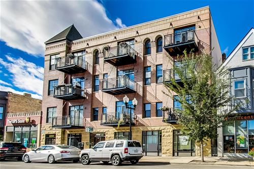 4050 N Lincoln Unit 205, Chicago, IL 60618 Northcenter