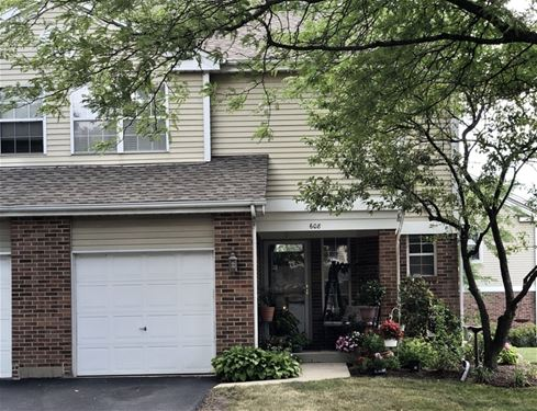 608 Hillview, West Chicago, IL 60185