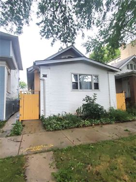 3343 W Eastwood, Chicago, IL 60625 Albany Park