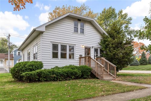 124 1st, Bloomingdale, IL 60108