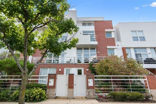 2944 N Hermitage, Chicago, IL 60657 Lakeview