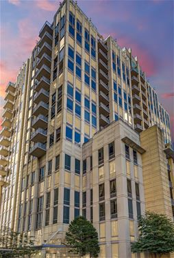 720 N Larrabee Unit 1303, Chicago, IL 60654 River North