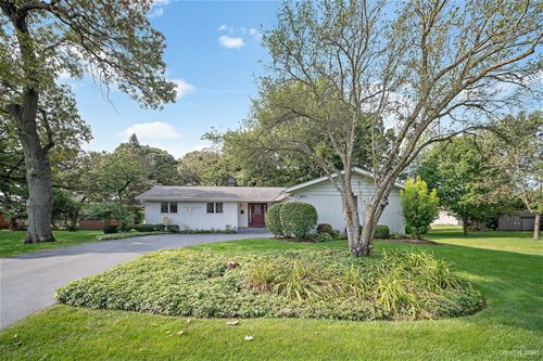 38W265 Trails End, Elgin, IL 60124