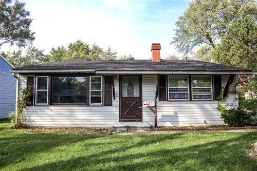 1704 Kingston, Carpentersville, IL 60110