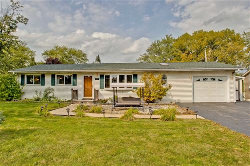 101 Deer Path, Lake In The Hills, IL 60156