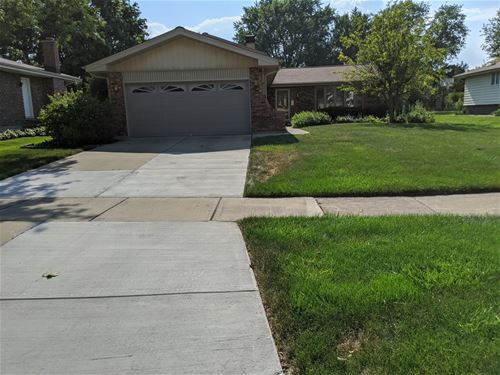 6730 Powell, Downers Grove, IL 60516