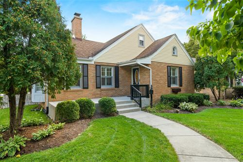 1102 S 3rd, St. Charles, IL 60174