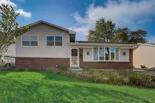 141 E Drummond, Glendale Heights, IL 60139